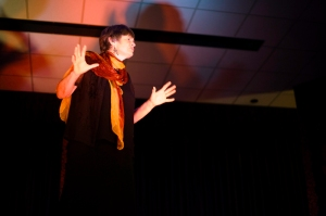 jennifer Cayley storyteller in honolulu 2008